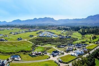 Outeniqua Mountains,  Kingswood Golf Estate, George, Garden Route